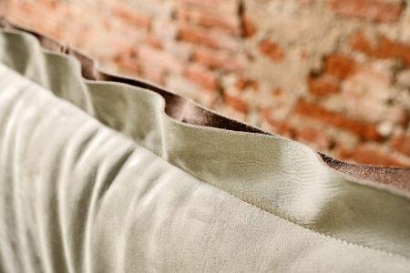 Letto vintage pelle e tessuto, modello California | Gobbo Salotti