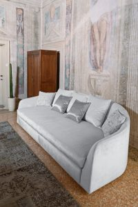 Divano moderno vintage lineare pelle e tessuto, modello Flamingo   Gobbo Salotti