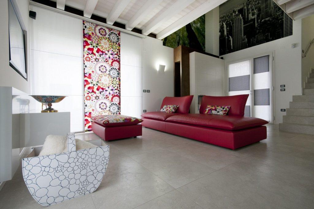 Divano sting con schienale mobile divano angolare divano for Divano con mobile incorporato