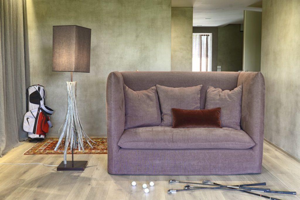 Divano design moderno lineare pelle e tessuto, modello Bellini | Gobbo Salotti