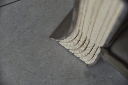 Poltrona design vintage pelle e tessuto, modello Tomi de legno | Gobbo Salotti