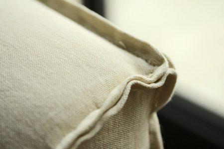 Letto con contenitore moderno vintage pelle e tessuto, modello Lussuria | Gobbo Salotti