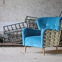 Divano design moderno angolare con poggiatesta reclinabile con relax lineare pelle e tessuto, modello Tomas | Gobbo Salotti