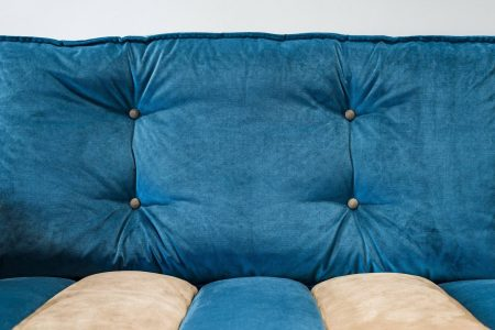 Divano design vintage angolare lineare pelle e tessuto, modello Evergreen   Gobbo Salotti