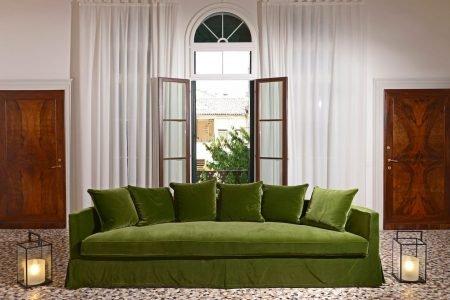 Divano vintage classico lineare tessuto, modello Bacio | Gobbo Salotti