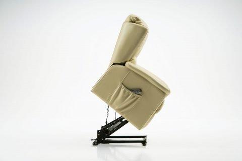 Poltrona con 2 motori lift indipendenti gambe e schiena - Mariella - Gobbo Salotti