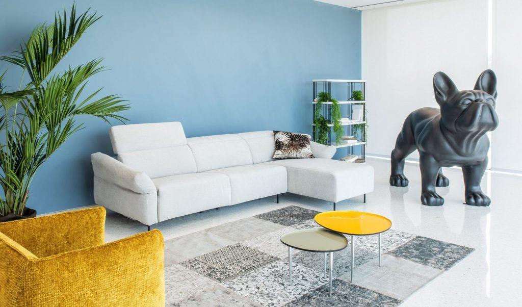 Divano moderno angolare lineare con relax con penisola con poggiatesta reclinabile pelle e tessuto, modello Tommy | Gobbo Salotti