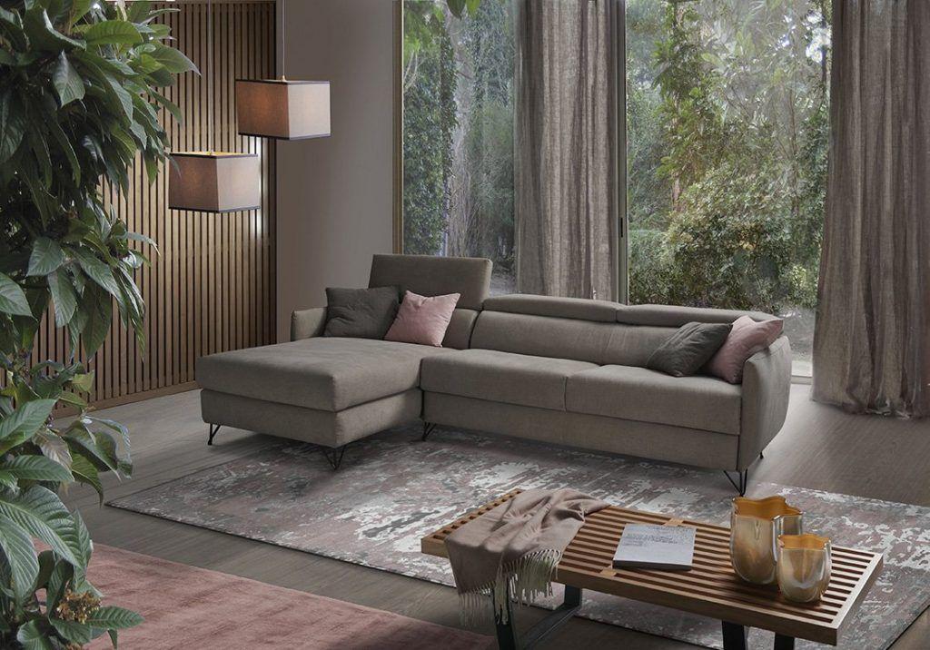 Divano moderno angolare con poggiatesta reclinabile divano letto lineare tessuto, modello Vincenzo | Gobbo Salotti
